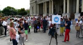 Bizonyítványosztó tüntetés 2016.06.11. Győr