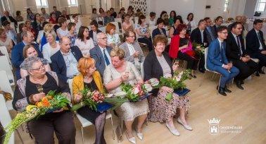 PSZ-tag kitüntetése Székesfehérváron