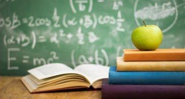 """""""Mentsék meg a gyermekem osztályfőnökét"""" – levelek pedagógusoktól, szülőktől"""