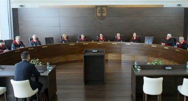 Szakképzésben dolgozó kollégák, figyelem! - Képviseljük Önöket az Alkotmánybíróság előtt!