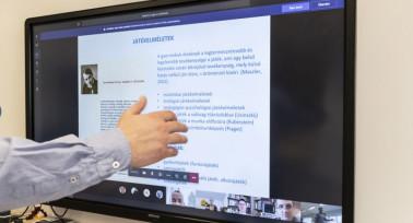 Módszertani ajánlás az oktatás megszervezésére a koronavírus-járványban bevezetett tantermen kívüli, digitális munkarendre